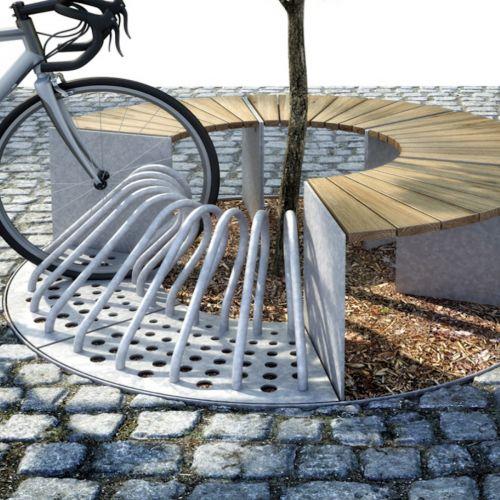 SEGMO trægitter med 4 bænke og 2 cykelstativer